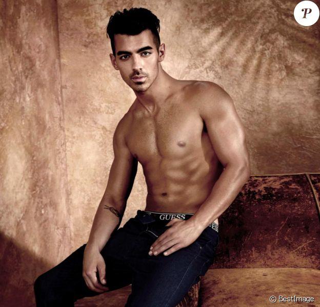 Joe Jonas dans la nouvelle campagne de publicité de sous-vêtements de la marque Guess. Le 10 janvier 2017
