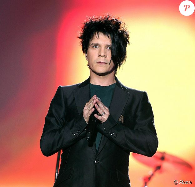 Nicola Sirkis du groupe Indochine