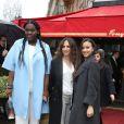 """Déborah Lukumuena, Houda Benyamina (réalisatrice du film """"Divines'"""") et Jisca Kalvanda - Arrivées pour le déjeuner des nominations des 'César' au Fouquet's à Paris Le 4 Février 2017."""