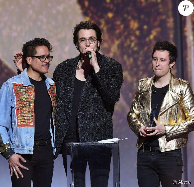 Pierre Guenard, Colin Russeil et Manu Ralambo ont reçu la Victoire de l'album révélation de l'année pour l'album Les Conquêtes le 10 février 2017.
