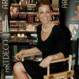 Tara Palmer-Tomkinson lors du lancement de la marque de cosmétiques ARTDECO à Londres en 2010.