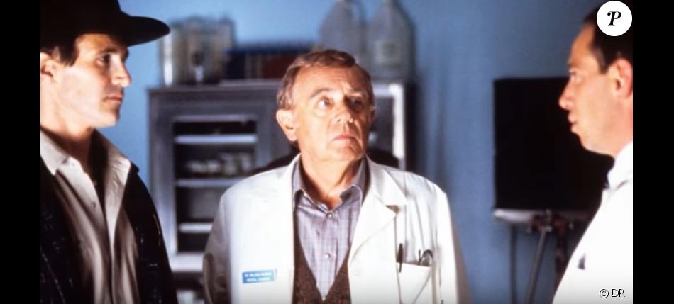 Warren Frost est décédé le 17 février 2017 à l'âge de 91 ans.
