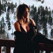 Caroline Receveur joliment décolletée... au pied des pistes de ski !