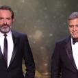 Jean Dujardin et George Clooney pendant les César 2017.