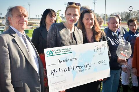 Charlene de Monaco : Lumineuse et généreuse sous le soleil de Cagnes-sur-mer
