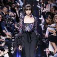 """Mannequin au défilé de mode """"Elie Saab"""", collection prêt-à-porter Automne-Hiver 2017-2018 à Paris, le 4 Mars 2017."""