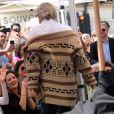 Jeff Bridges avait apporté sa panoplie du Duc (The Dude), son personnage culte du film The Big Lebowski, pour son ami John Goodman - Inauguration de la plaque de John Goodman sur le Walk Of Fame à Hollywood. Le 10 mars 2017 © Chris Delmas / Bestimage