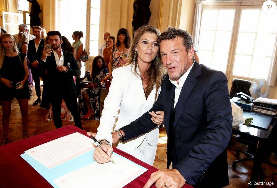 Super Exclusif - Benjamin Castaldi et sa femme Aurore Aleman - Mairie  GR82
