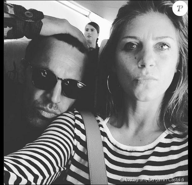 Benjamin Castaldi et Aurore Aleman amoureux, le 12 mars 2017.