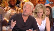 """Débat sur l'alcool dans la télé-réalité sur le plateau de """"Touche pas à mon poste"""" sur C8. Le 14 mars 2017."""
