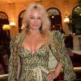 """Pamela Anderson arrivant au défilé de mode """"Vivienne Westwood"""", collection prêt-à-porter Automne-Hiver 2017-2018 à l'hôtel Intercontinental à Paris, le 4 Mars 2017.© CVS/Veeren/Bestimage"""