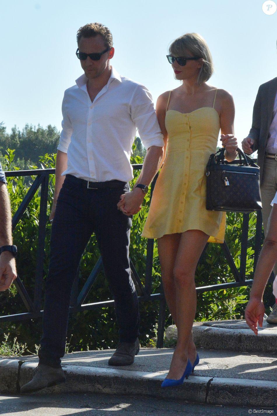 """Exclusif - Taylor Swift et son nouveau compagnon Tom Hiddleston passent des vacances romantiques à Rome. Le couple est allé déjeuner en amoureux et est allé visiter """"Le Colisée"""", immense amphithéâtre ovoïde situé dans le centre de la ville de Rome, entre l'Esquilin et le Caelius, le plus grand jamais construit dans l'empire. Le 27 juin 2016"""