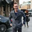 """Tom Hiddleston fait la promotion de son dernier film """"Skull Island"""" dans les studios de la BBC Radio One à Londres. Le 1er mars 2017"""