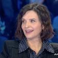 """Juliette Binoche évoque ses amours. Emission """"Salut les Terriens !"""" sur C8. Le 25 mars 2017."""