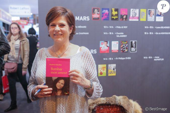 Charlotte valandrey au 32 me salon du livre la porte de for Porte de versailles salon mariage