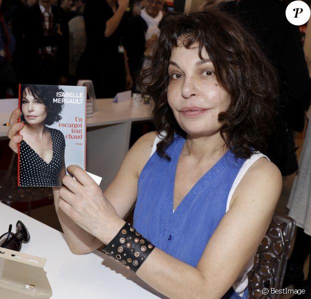 Isabelle Mergault lors de la 37ème édition du Salon du livre au parc des expositions, à la porte de Versailles, à Paris, France, le 26 mars 2017.