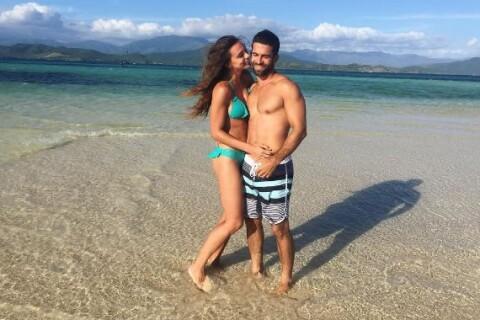 Marine Lorphelin : Pose sexy avec son chéri pour un jour spécial...