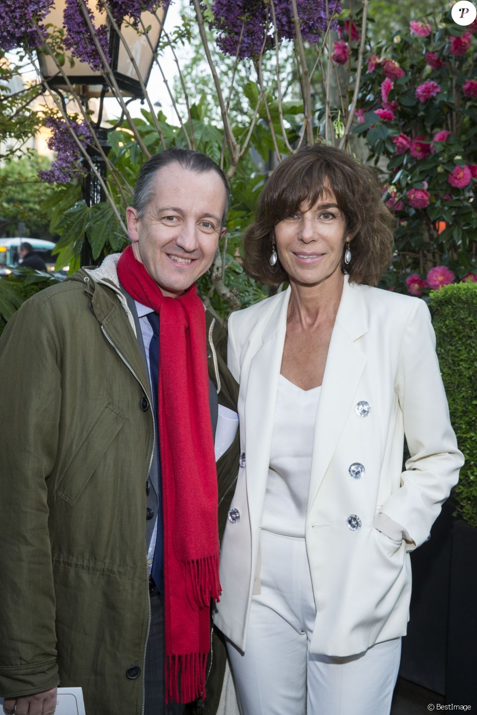 christophe barbier et christine orban lors de la remise du 10 me prix de la closerie des lilas. Black Bedroom Furniture Sets. Home Design Ideas