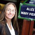 Mary Pierce inaugure son allée à Roland Garros, le 30 mai 2007.