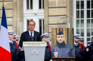 François Hollande : Son