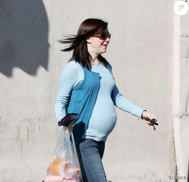 Alyson Hannigan fait ses courses à LA