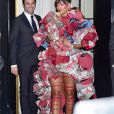 "Rihanna à la sortie de l'hôtel Carlyle pour se rendre au MET 2017 Costume Institute Gala sur le thème de ""Rei Kawakubo/Comme des Garçons: Art Of The In-Between"" à New York, le 1er mai 2017. © CPA/Bestimage  Rihanna wears a stunning floral dress as she leaves The Carlyle Hotel for the 2017 Met Gala. New York City, New York - Monday May 1, 2017.01/05/2017 - New York"