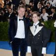 Christopher Bailey et Christine and the Queens (Heloise Letissier) lors de la soirée Costume Institute Benefit at The Metropolitan Museum of Art celebrating the opening of Rei Kawakubo/Comme des Garcons: Art of the In-Between à New York City, le 1er mai 2017.
