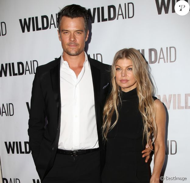 Fergie et son mari Josh Duhamel - People au WildAid 2015 à Beverly Hills le 7 novembre 2015.  Celebrities attend the WildAid 2015 on November 7, 2015 in Beverly Hills, California. Celebrities attend the WildAid 2015 on November 7, 2015 in Beverly Hills, California.07/11/2015 - Los Angeles