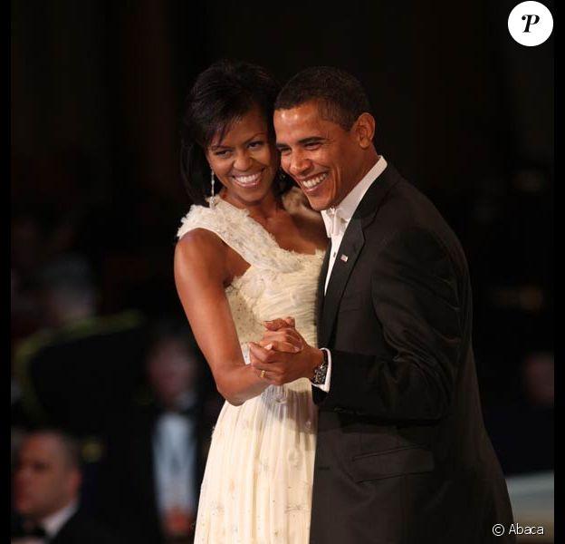Barack Obama et son épouse Michelle vont de bal en bal, pour faire, amoureux, quelques petits pas de danse... 20/01/09