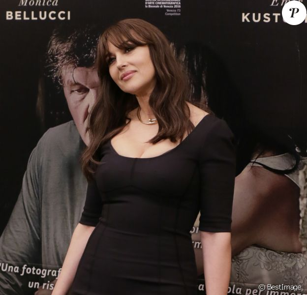"Monica Bellucci - Photocall du film ""On the Milky Road"" à Milan en Italie le 8 mai 2017."
