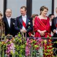 La grande duchesse Maria Teresa, le prince Albert II de Monaco, le grand duc Henri, la reine Mathilde et le roi Philippe - Les familles royales au balcon lors du 80ème anniversaire du roi Harald et de la reine Sonja de Norvège à Oslo le 9 mai 2017. 09/05/2017 - Oslo