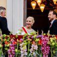 Le roi Philippe, la princesse Mette Marit, le prince Haakon - Les familles royales au balcon lors du 80ème anniversaire du roi Harald et de la reine Sonja de Norvège à Oslo le 9 mai 2017. 09/05/2017 - Oslo