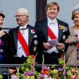 Le roi Carl XVI Gustaf et la reine Silvia de Suède, le roi Willem-Alexander et la reine Maxima des Pays-Bas. Célébrations du double 80e anniversaire du roi Harald V de Norvège et de la reine Sonja de Norvège le 9 mai 2017 au palais royal à Oslo.
