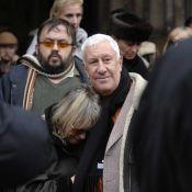 Stéphane Collaro et sa compagne soutiennent Mimi, la femme de Carlos, pour une messe hommage...