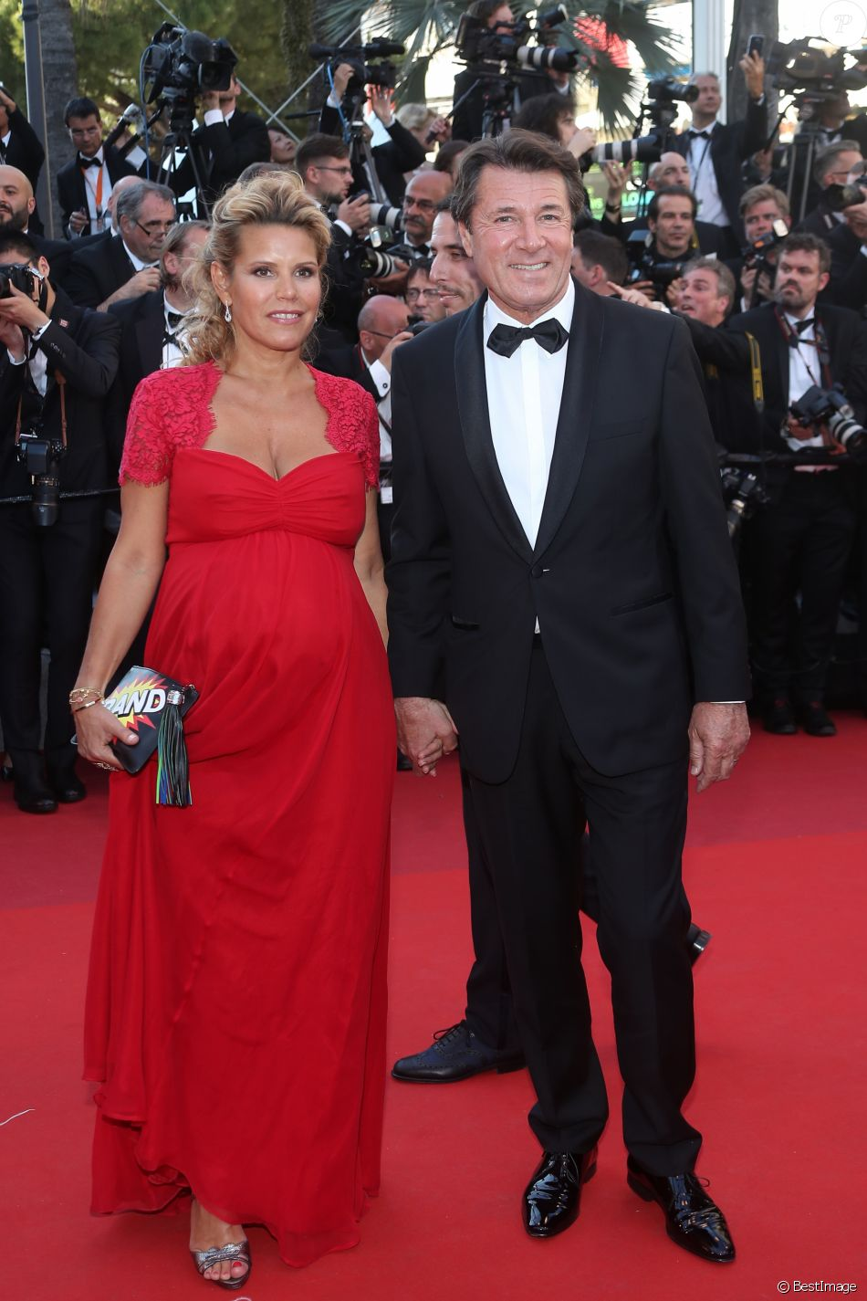 christian estrosi et laura tenoudji enceinte un couple radieux cannes purepeople. Black Bedroom Furniture Sets. Home Design Ideas