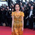 """Amelle Chahbi (Habillée en Maison Paule Ka, bijoux Boucheron) - Montée des marches du film """"Okja"""" lors du 70ème Festival International du Film de Cannes. Le 19 mai 2017. © Borde-Jacovides-Moreau / Bestimage"""