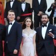 "Paul Dano, Lily Collins, Jake Gyllenhaal - Montée des marches du film ""Okja"" lors du 70ème Festival International du Film de Cannes. Le 19 mai 2017. © Borde-Jacovides-Moreau / Bestimage"