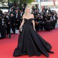 "Molly Sims - Montée des marches du film ""Okja"" lors du 70ème Festival International du Film de Cannes. Le 19 mai 2017. © Borde-Jacovides-Moreau / Bestimage"