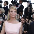 Uma Thurman (en robe Prada et bijoux Chaumet) - Montée des marches de la soirée du 70ème anniversaire du Festival de Cannes. Le 23 mai 2017. © Borde-Jacovides-Moreau / Bestimage