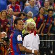 Neymar et son fils avec son fils Davi Lucca après la victoire du FC Barcelone contre le Deportivo Alavés, à Madrid, le 27 mai 2017.