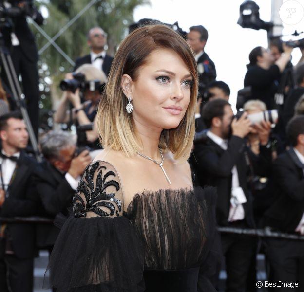 """Caroline Receveur - Montée des marches du film """"Mise à Mort du Cerf Sacré"""" lors du 70ème Festival International du Film de Cannes. Le 22 mai 2017. © Borde-Jacovides-Moreau / Bestimage"""