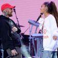 Ariana Grande en concert au One Love Manchester avec son chéri le rappeur Mac Miller, le 4 juin 2017