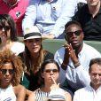 Ariane Brodier et son compagnon Fulgence Ouedraogo - Les célébrités dans les tribunes lors des internationaux de France de Roland Garros à Paris, le 4 juin 2017. © Dominique Jacovides-Cyril Moreau/Bestimage