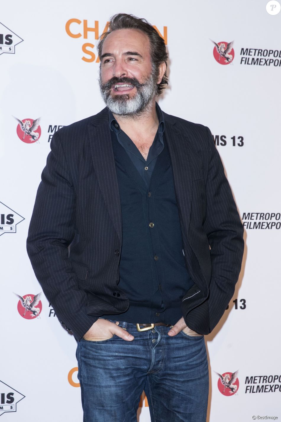"""Jean Dujardin lors de l'avant-première du film """"Chacun sa vie"""" au cinéma UGC Normandie à Paris, France, le 13 mars 2017. © Olivier Borde/Bestimage"""