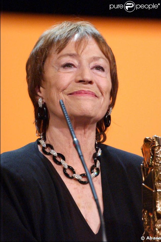 L'émotion est au rendez-vous avec Annie Girardot qui reçoit le César du meilleur second rôle pour