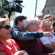 Le président de la République française Emmanuel Macron à l'extérieur de la mairie du Touquet, le 11 juin 2017, où il a voté avec sa femme pour le 1er tour des élections législatives. © Sébastien Valiela/Bestimage