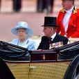 """La reine Elizabeth II d'Angleterre et le prince Philip - La famille royale d'Angleterre arrive au palais de Buckingham pour assister à la parade """"Trooping The Colour"""" à Londres le 17 juin 2017."""