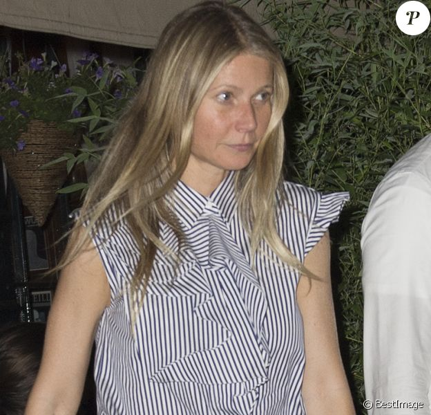 Exclusif - Gwyneth Paltrow sort d'un restaurant à New York le 13 juin 2017.