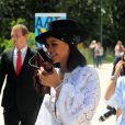 La chanteuse Rihanna assiste à la remise des prix LVMH Prize Young Fashion Designer 2017 à la Fondation Vuitton à Paris le 16 juin 2017.