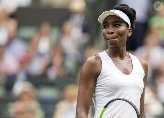 Venus Williams lors de son match (qu'elle a remporté) contre la Belge Elise Mertens, première journée du tournoi de Wimbledon, le 3 juillet 2017.